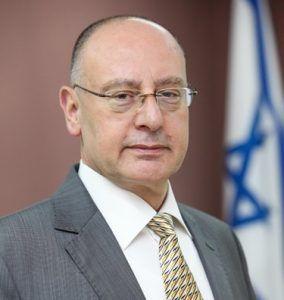 Dr. Masad Barhoum receives the title of Clinical Associate Professor from Azrieli Bar-Ilan University Faculty of Medicine
